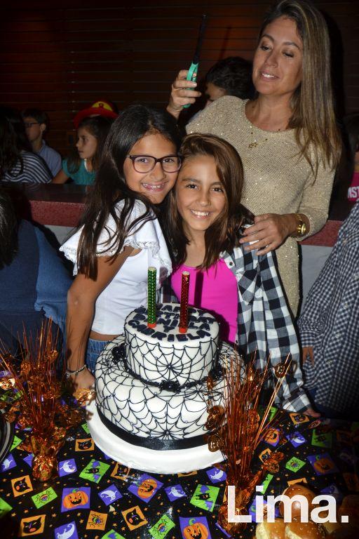Gabriela .... y Daniela de Souza Ferreyra.