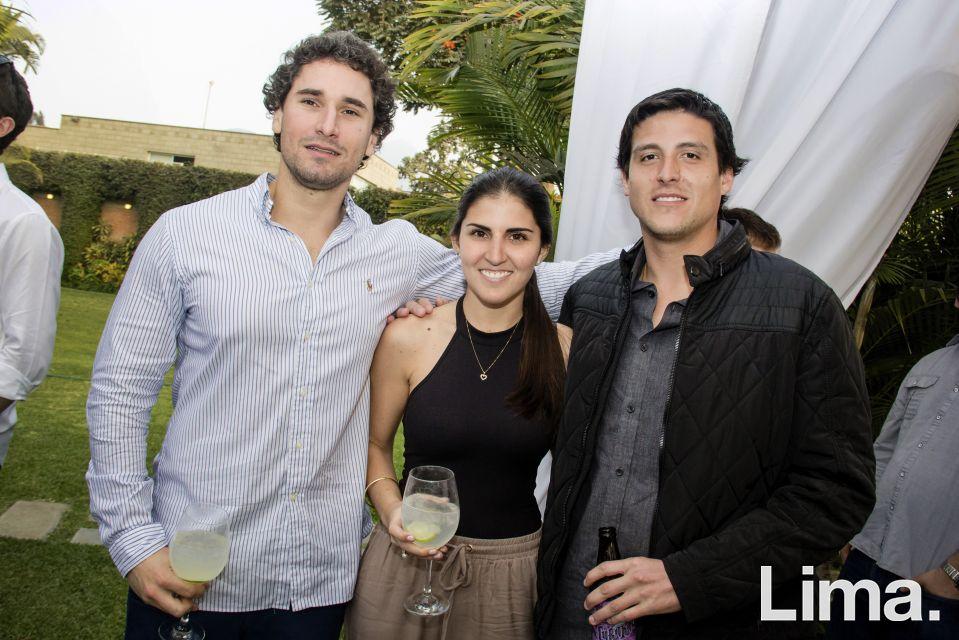 Gonzalo Rodriguez, Maria Fernanda Arredondo y Alonso Villacorta.