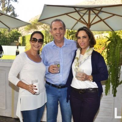 Maria Elena Montes de Nelson, Luis Carbone y Lucrecia Forsyth.