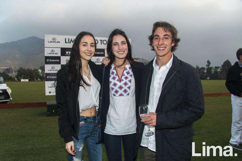 Michella Albertin, Lucia y Jaime Tagle.