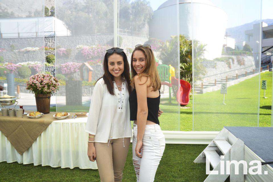 Nicole Favre y Sabrina Buendia.