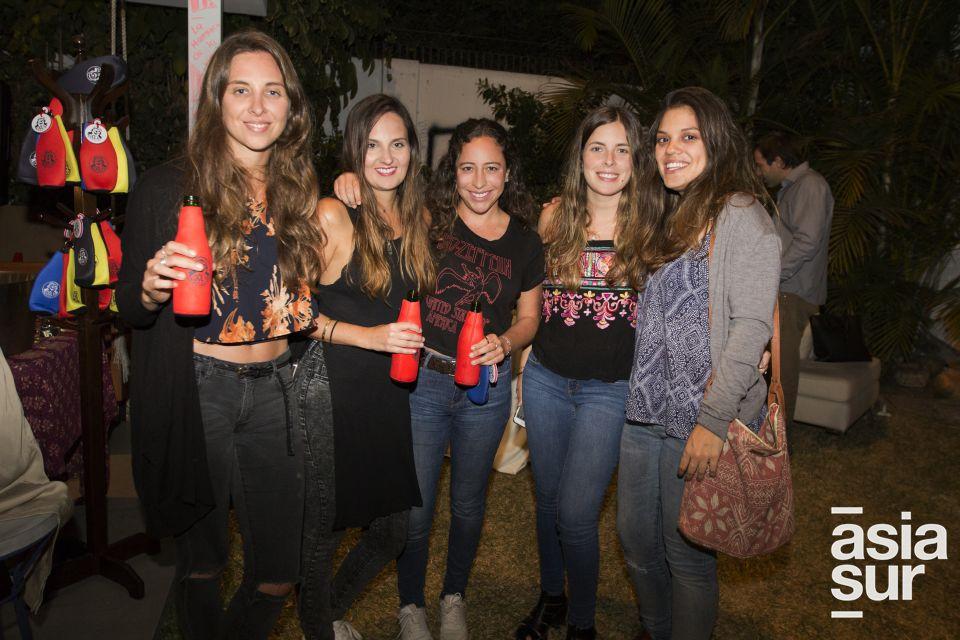 Andrea Cuba, Josette Minetti, Lore Mongilardi, Andrea Caro y Valerie Evans.