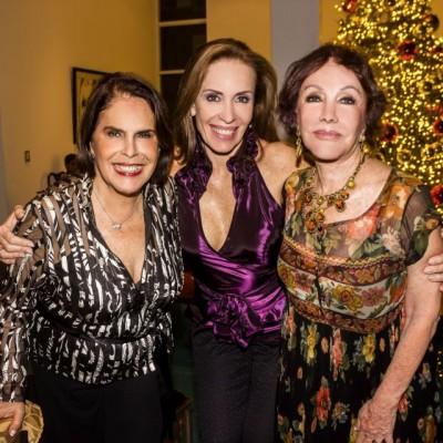 Doris Alvarez, Patricia Cespedes y Susana Molina.
