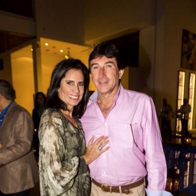Giovanna Caipo y Ricardo Company.