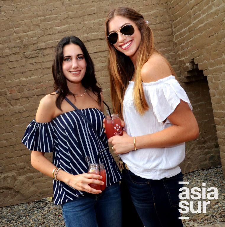 Luciana Tagle y Vannia Flores.