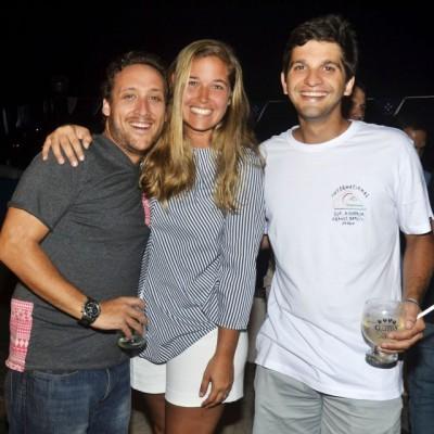 Aldo Cassinelli, Alessandra Wagner y Gonzalo de Cossio.