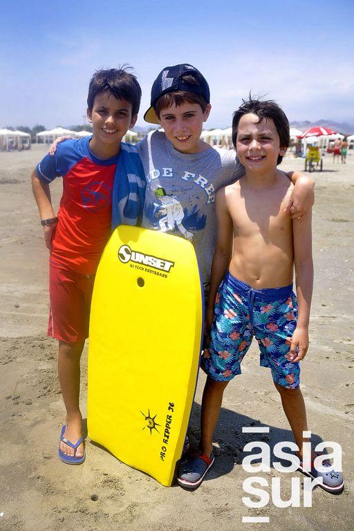 Benjamín Céspedes, Pietro Pinzás y Santiago Briceño en Playa del Golf.