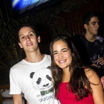 Diego muñiz y Micaela Burga en Joia, Boulevard de Asia.