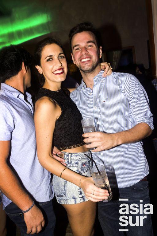 Gabriela Airaldi y Rodolfo Bast en CM, Boulevard de Asia.