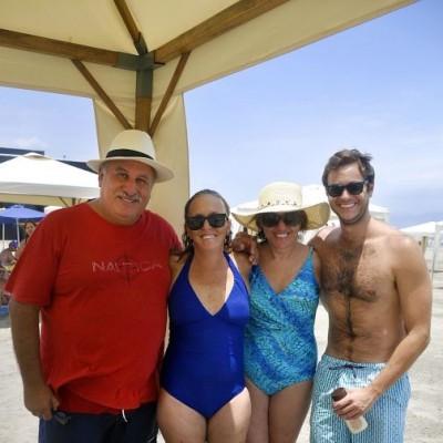 Gilbert Butrón, Gina Pipoli, Maritza Teullet y José Razzeto en Playa del Golf.