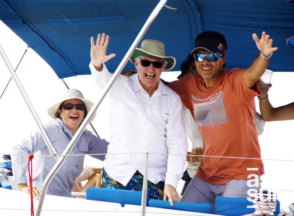 Jessica Barclay, Gustavo Barclay y Luis Carnero.
