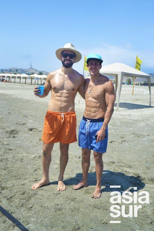 Jose Salazar y Jose Varela en Playa Blanca.