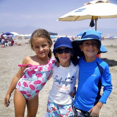 Lucia Von Ehren, Lorenzo Vienna y Rafael Van Oordt en Playa Bonita.