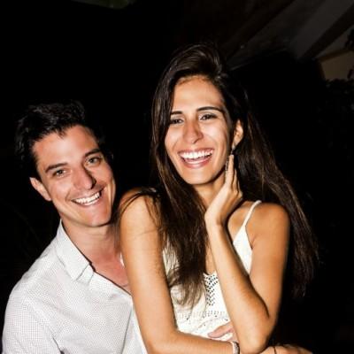 Patrick Thornberry y Gianela Villanueva en Nikita, Boulevard de Asia.