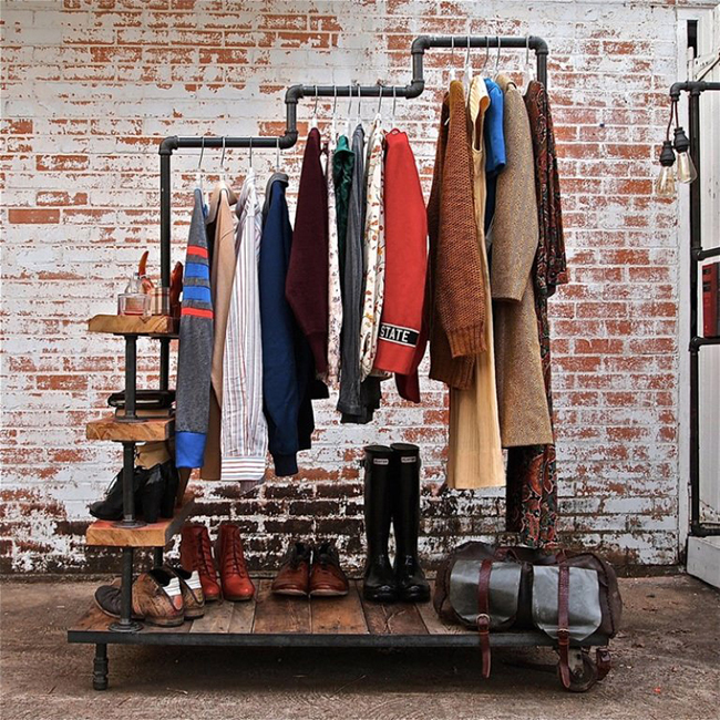 Vintage-Clothing-Rack