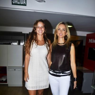 Alejandra Gonzalez y Ani Alvarez Calderón.
