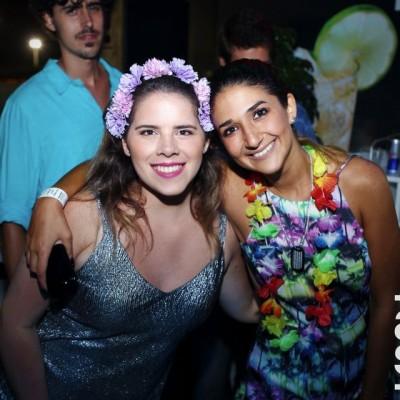 Andrea Reyes y Vania Remenik.
