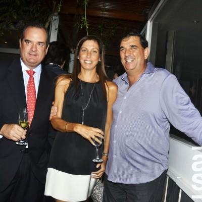 Carlos Ferreyros,  Cecilia Ferreyros y Alfonso Bustmante.