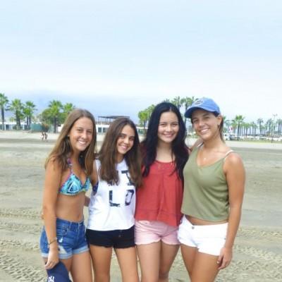 Celine Hatchenell, Ivanna Castro, Sayde Sondon y Nicole Travezan en Palmas.