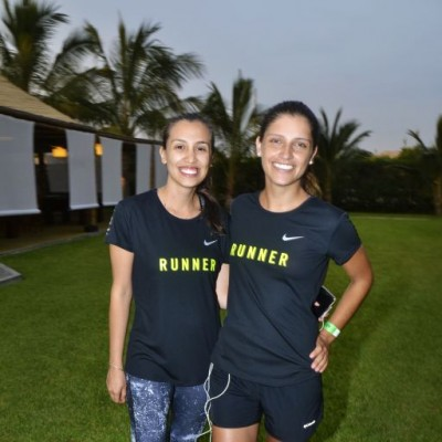 Chrisa Reyes y Annaira Diaz De Ravago.