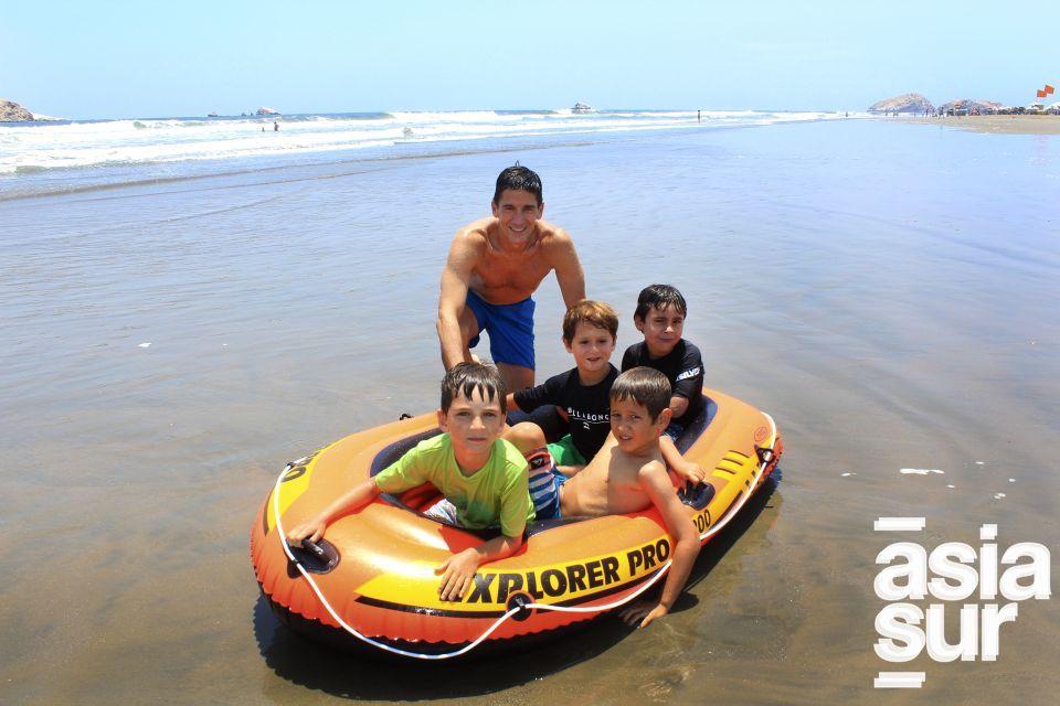 Diego Maestre, Joaquin Rubino, Jaime Zarmiento, Pol Moreno y Juan Moreno en Playa del Sol.