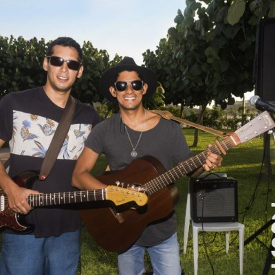 Fabrizzio Anavitarte y Andres Wurst.
