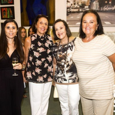 Lucia O'Connor, Lucy, Charo y Nora Tabja.