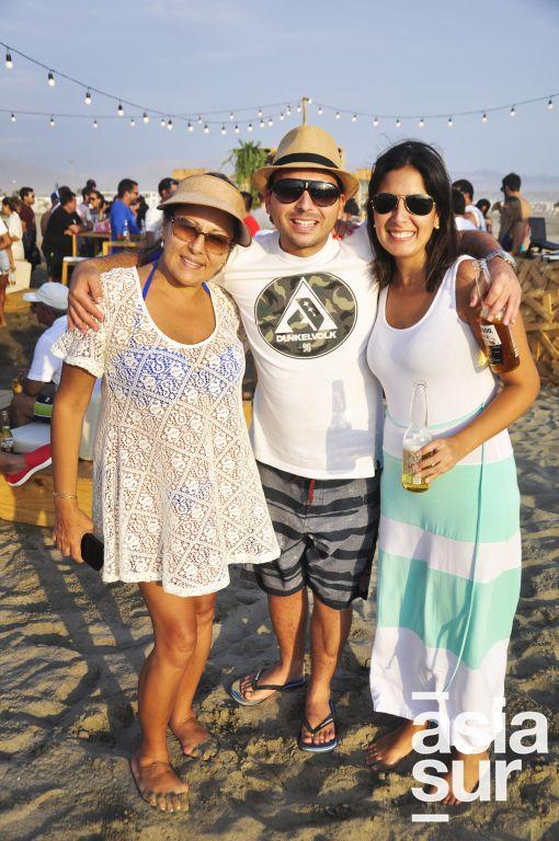 Marisa Panez, Carlos Quintero y Joanna Montezuma en Costa del Sol.