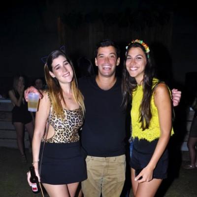 Michelle Kauffman, Íñigo Oleachea y Nicole Barham.