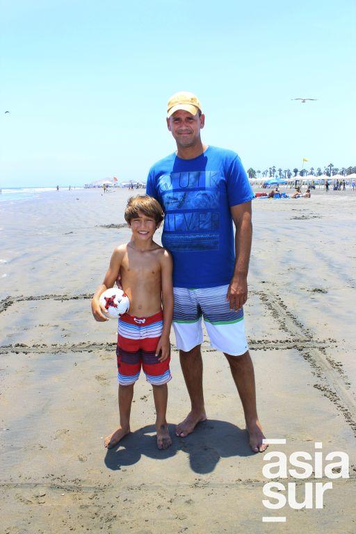 Roberto y Gabriel Maestre en Cocos.