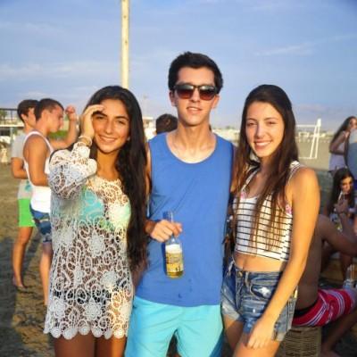 Romina Alberti, Nicolás Roca y Valeria Villa Garcia en Costa del Sol.