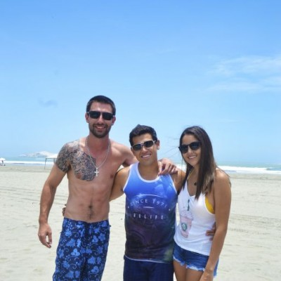 Sebastian Alexanders, Renato Lagos y Sandra Montori en Playa Blanca.