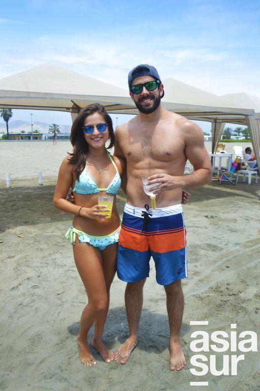 Silvana Garcia y Gonzalo Varela en Playa Blanca.