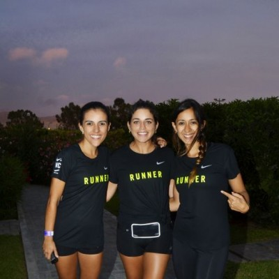 Vanessa Ortiz, Nicole Carranza y Roxana Rodriguez.