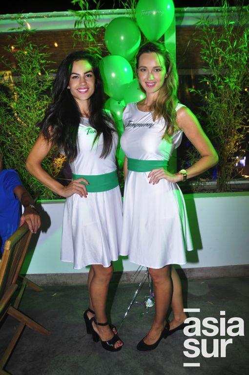 Verónica Sánchez y Carolina Knight.