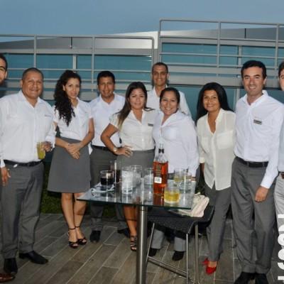Jorge Molero, Renzo Govea, Joana García, Jose Piñas, Pilar Espinoza, Gabriel Cardenas, Adriana Andia, Janet Tapia, Claudio Sotil y Alfonso Vigil.