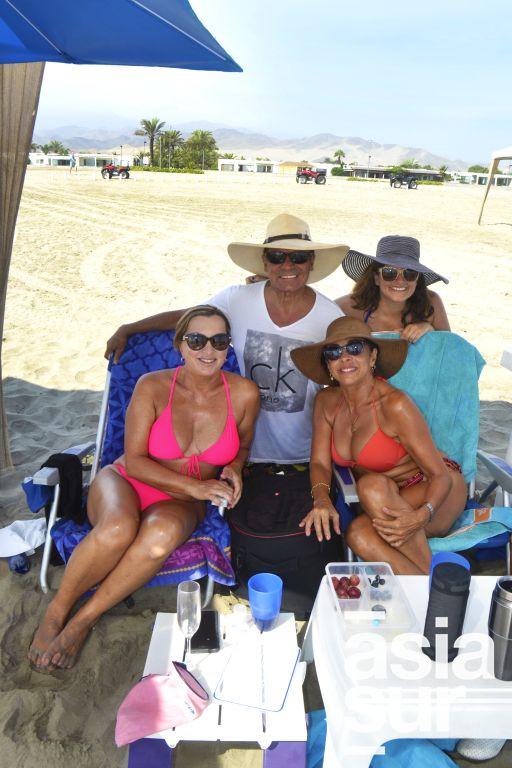 Jose Luis Noriega, Nicole Tophan, Fernanda Maggi y Rossana Alvarado en Playa Blanca.