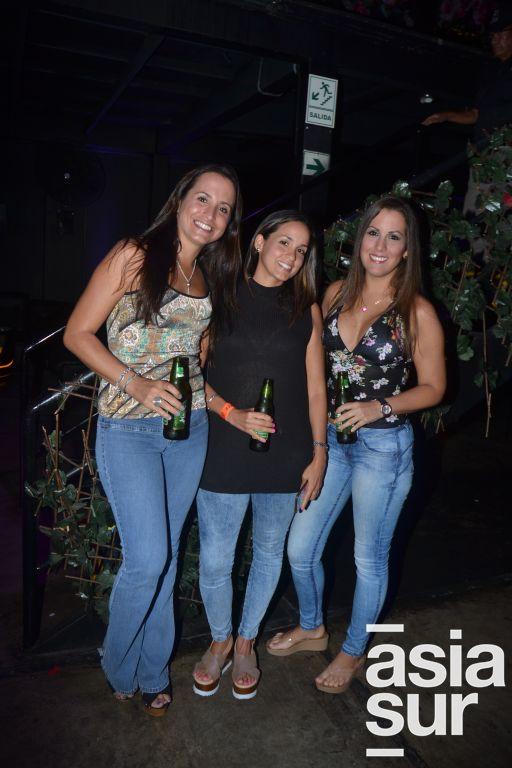 Karen Loveday, Maria Helena Lopez y Jessica Barrantes.