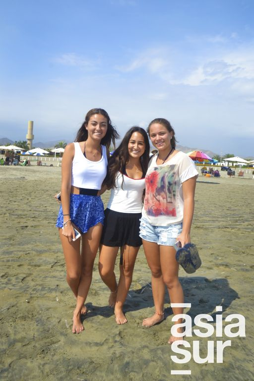 Maria Belen Castillo, Camila Leey y Aracely Stoessel en Flamencos.