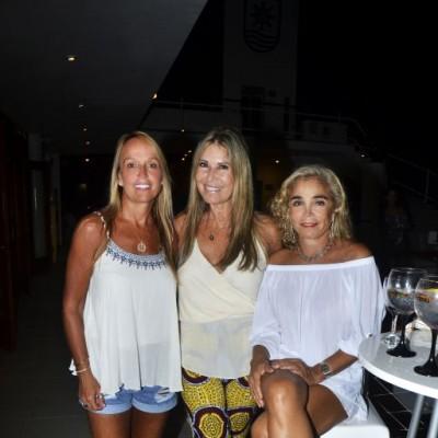 Maribel Palma, Milena Aguirre y Rosella Alberti.