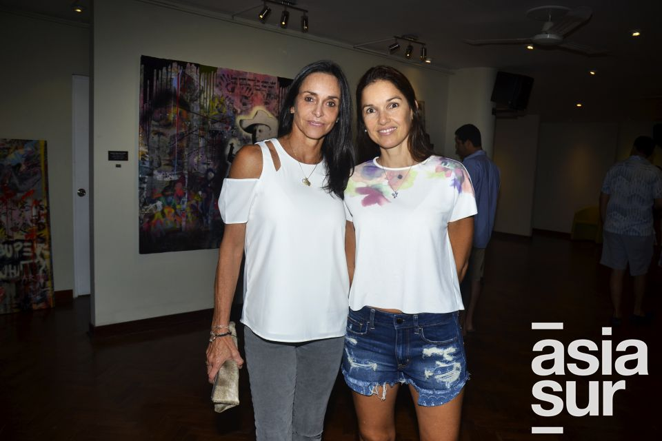 Monica de Osma y Claudia Casabonne.